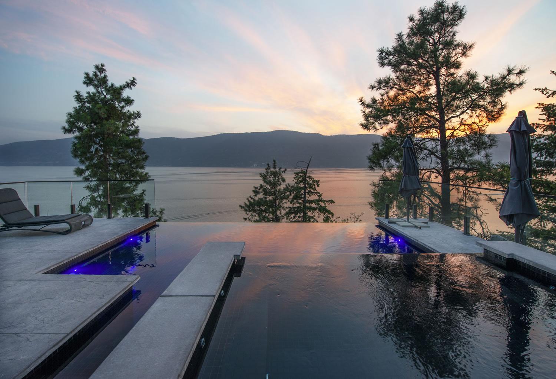 10_Pool-Sunset
