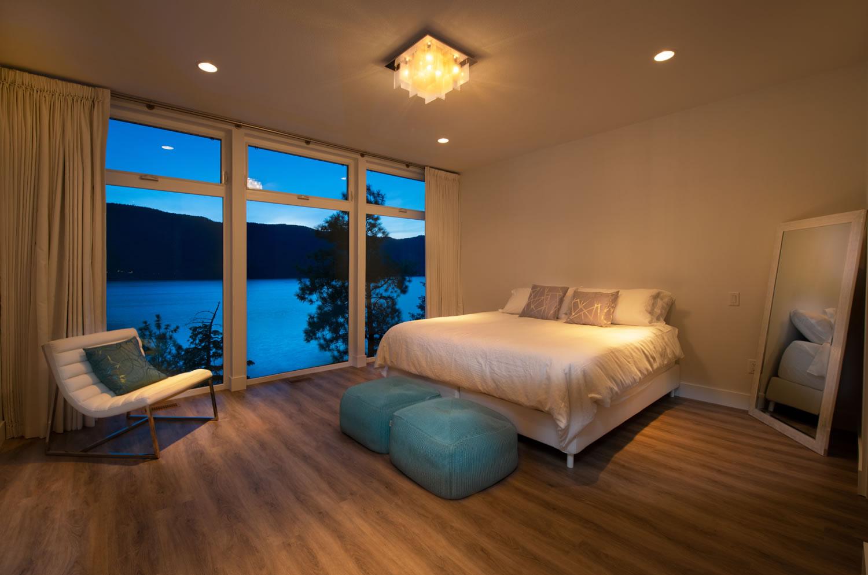 7_Master-Bedroom