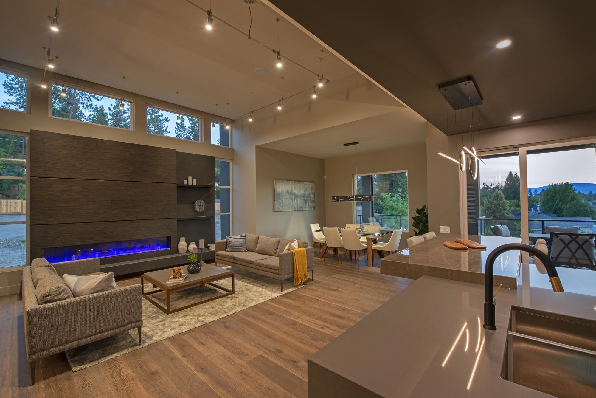 07-Living Room-Dining Room