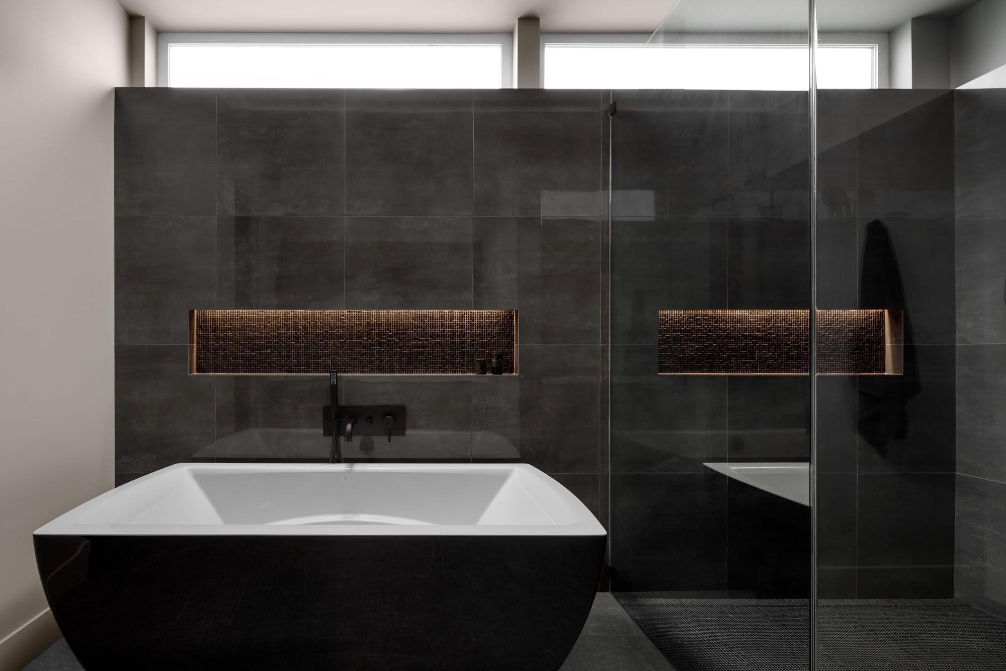 09 - Principal Bath